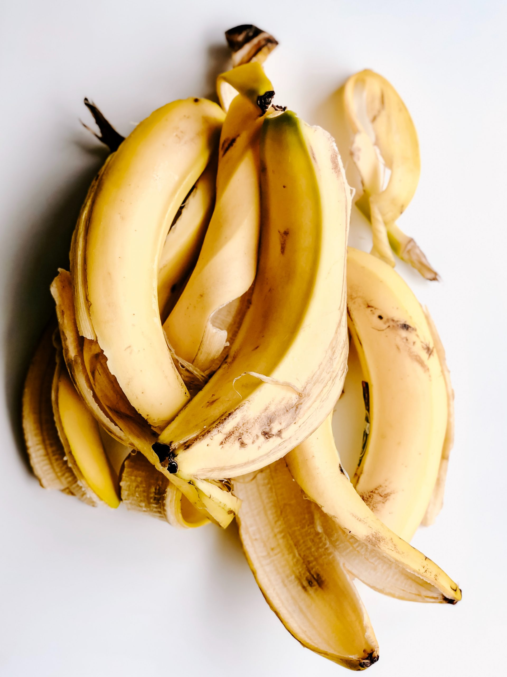Do you want to avoid wrinkles and skin ageing? Try using banana peels